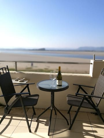 Cosy 1 bed apartment, stunning Morecambe Bay views - Sandside - Leilighet
