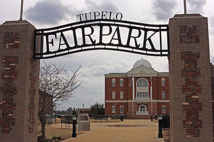 Fairpark, Downtown Tupelo - Tupelo - Huis
