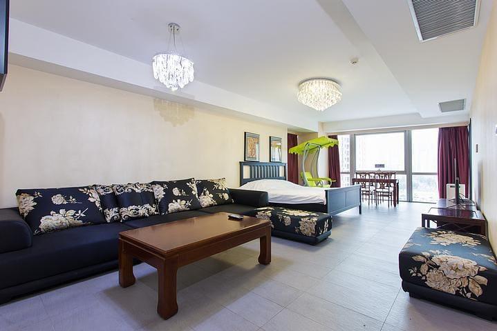 奥帆中心五四广场香港中路 豪华海景 双卧套房 - Qingdao - Appartement