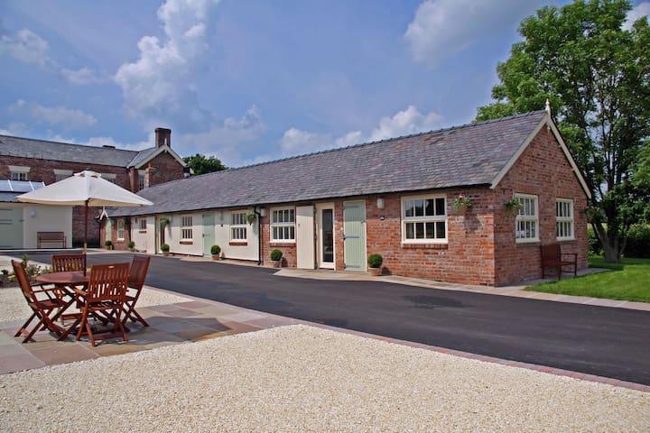 Luxury barn conversion near Wrexham - Rossett - Huis