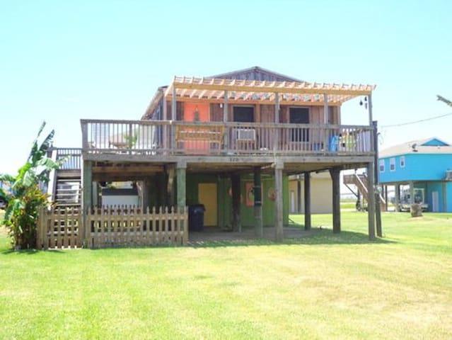 Wine Down at Surfside Beach, TX - Freeport - Huis