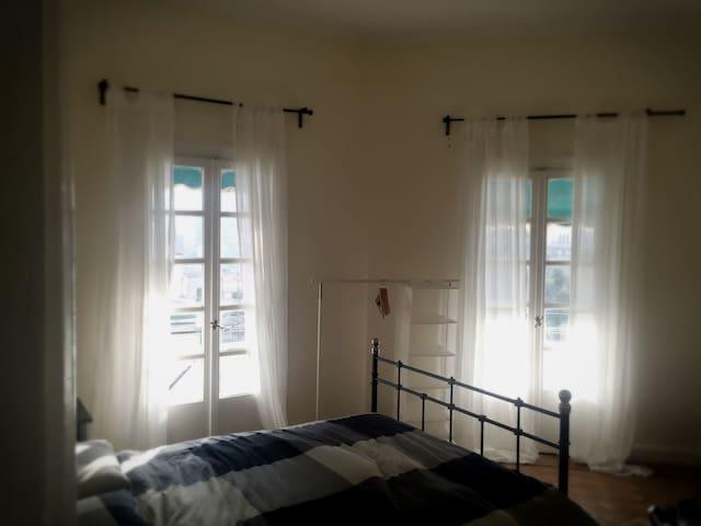 Chic Room In Midcentury Gardencity - Cairo - Bed & Breakfast