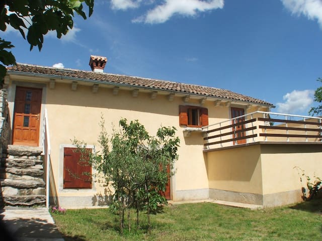romantic condo for two with pool - Šumber - Daire