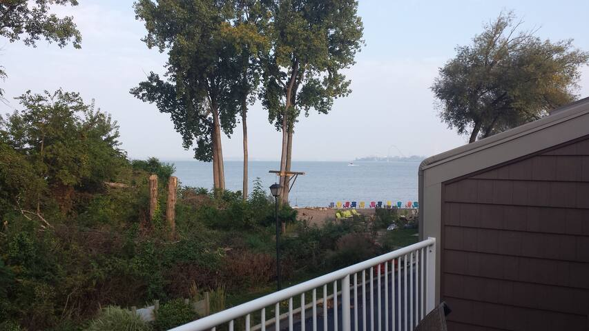 Lake Erie Waterfront Condo - Sandusky - Appartement