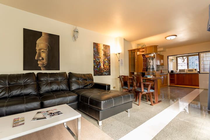 Stylish Townhouse, in center of Chiang Mai Rm 2 - Chiang Mai