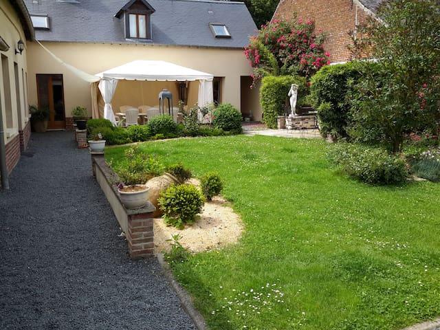 Petite maison dans la campagne - Mailly-Maillet - Huis
