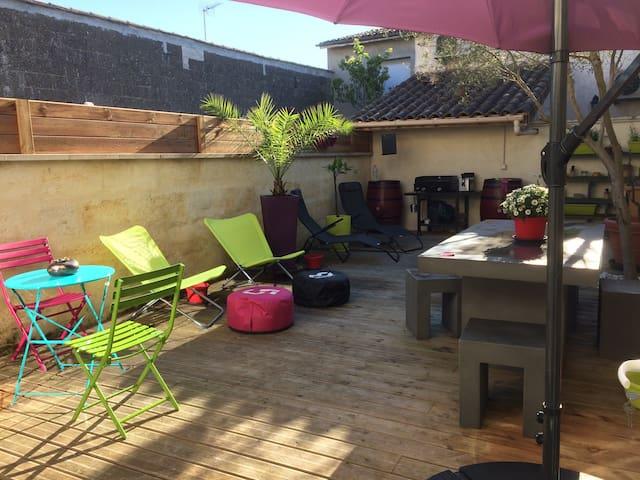Chambre Cosy dans charmante échoppe - Libourne - Hus