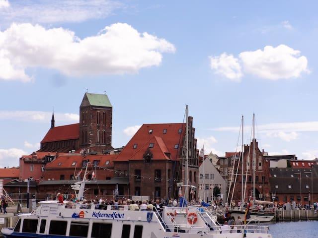 Ferienwohnung am Alten Hafen drei - Wismar - Hus