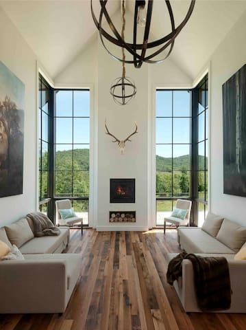 One Nest Home in Hunt Country - Delaplane - Дом