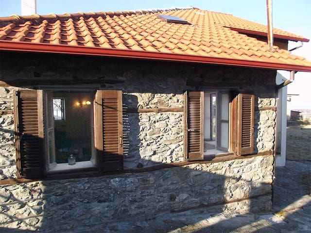 BIG TRADITIONAL HOUSE - Σκοτίνα - Casa