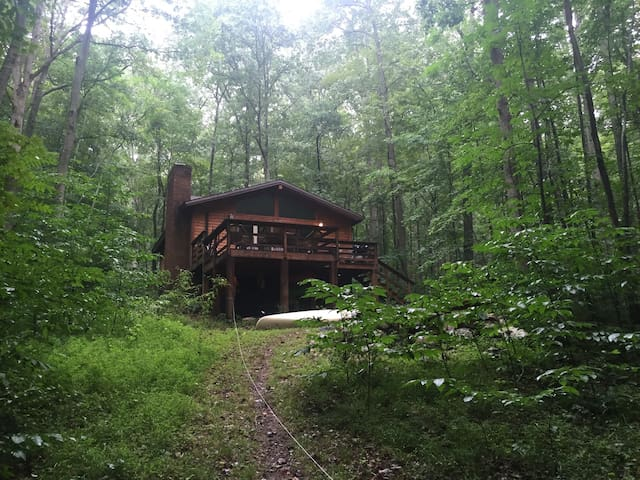 Cozy Cabin on the Cacapon River - Great Cacapon - Cabaña