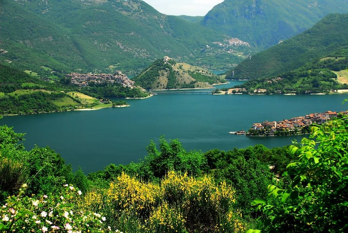 Agriturismo Le Cascine Lago Turano - Castel di Tora