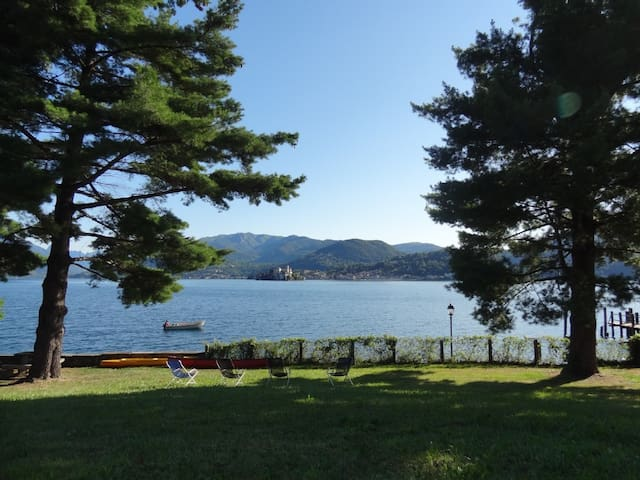 Romantic apartment with private park and beach - Lagna - Daire