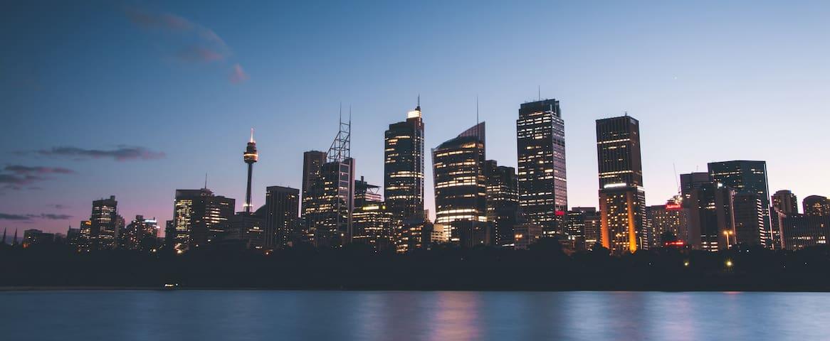 Spacious and comfortable–20 min to Sydney CBD - Hurstville