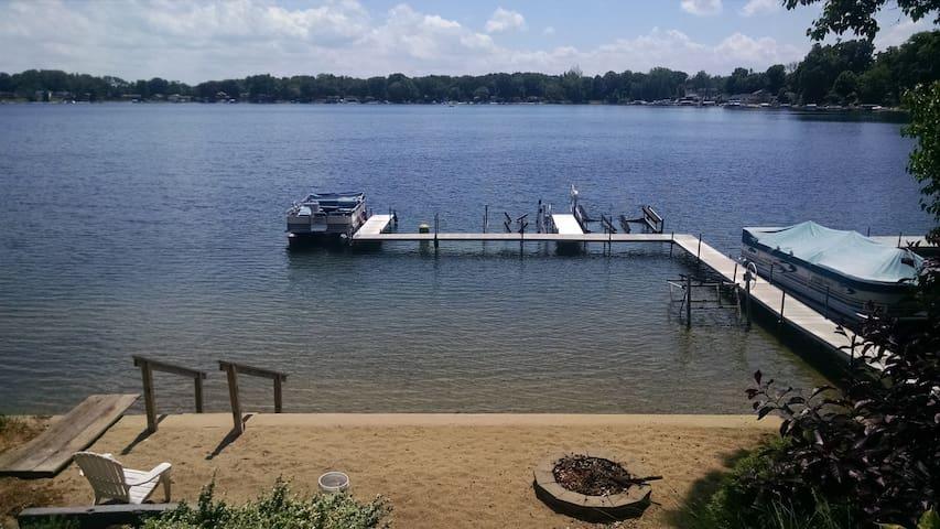 Summer Fun on Little Crooked Lake - Dowagiac - Chalet