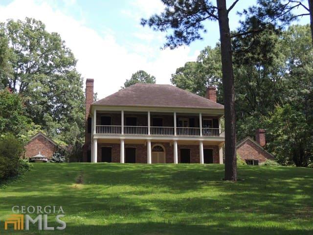 Antebellum Home 4 Acres Close to Callaway Garden - West Point