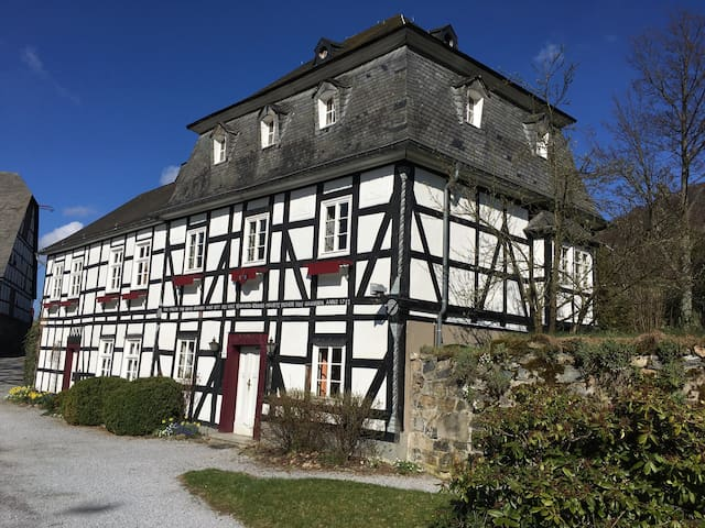 Guesthouse of Bruchhausen Castle - Olsberg - Huis