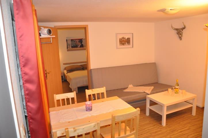 Ferienhaus Strandkorb WLAN - Breege - Hus