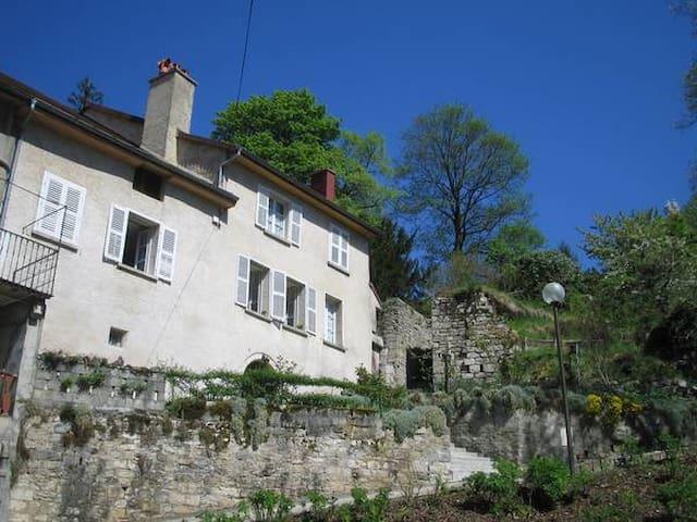 La maison haute - Salins-les-Bains - Appartement
