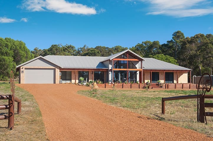 Possum Lodge Dunsborough: private wing up to 4 ppl - Dunsborough - Departamento