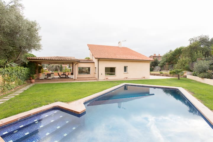 Luxury house with swimming-pool - Bellaterra - Casa