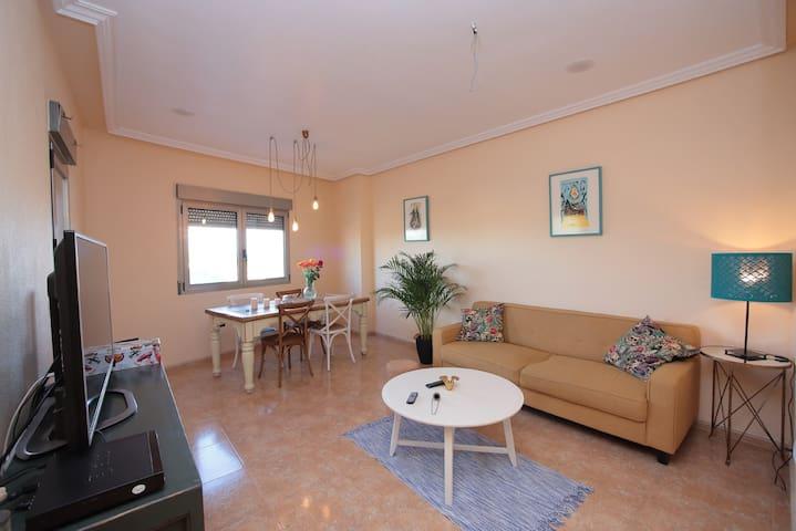 Comfort y Calidad en apartamento Moderno- RODA - Roda - Appartamento