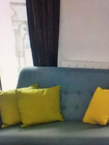 charming house - Tingalpa - Wohnung