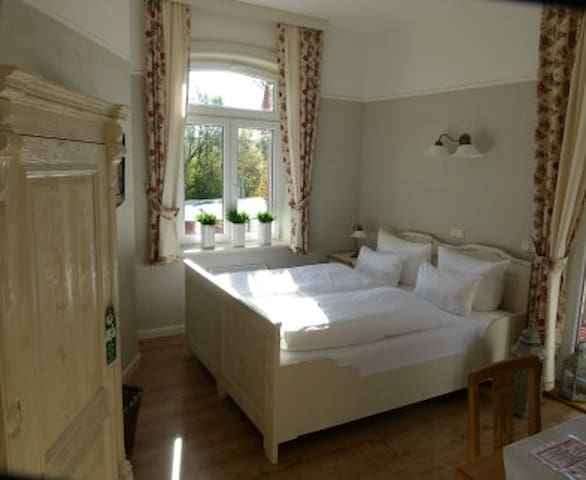 Double room in the green - Eberstedt - Ev