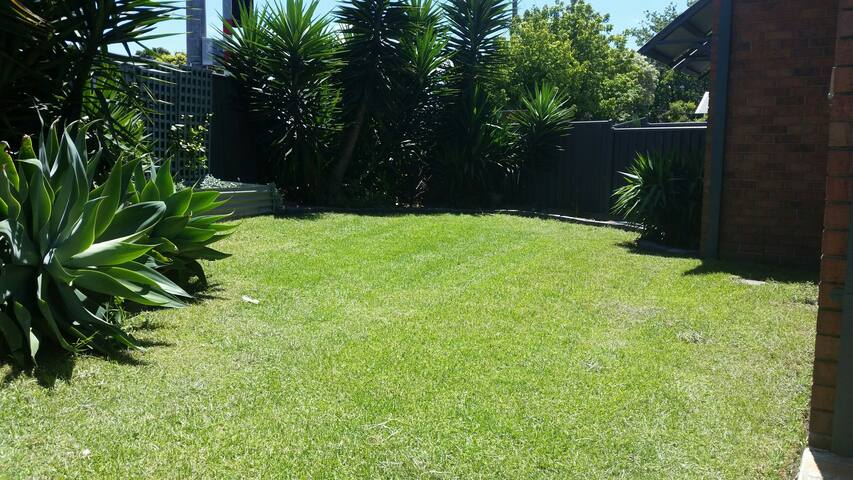 Perfect 2 bdr Villa in Essendon - Essendon, Victoria, AU - Villa