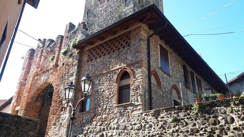 "apt.""antiche mura"", near Garda Lake - Bedizzole"