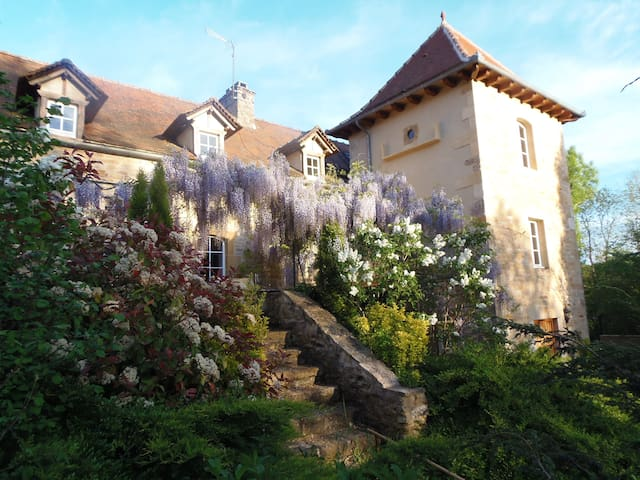 Country House with Pool - Villefranche-de-Rouergue - Huis