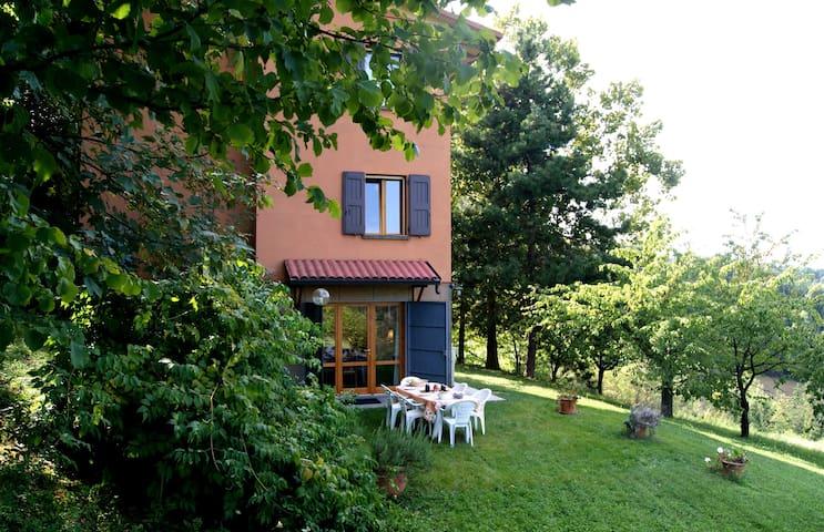 La casa sui colli di Bologna - San Lorenzo in Collina - Rumah
