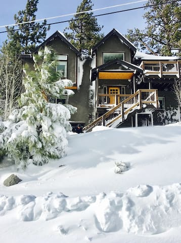 .5 mile from Heavenly -Tahoe Rm in Modern Mtn Home - South Lake Tahoe - Casa