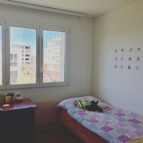 Nice and cosy private room - Marly - Apartemen