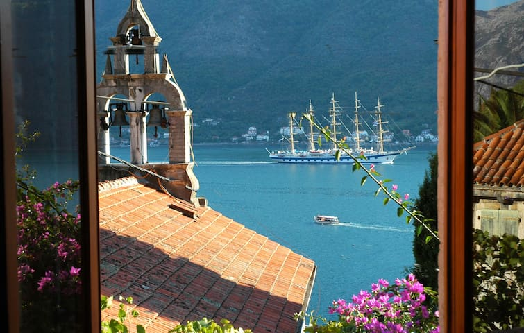 Lovely Perast apartment - bay view - Perast - Leilighet