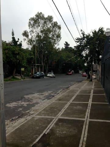 Cerca TV azteca, Perisur, Six Flags - Ciudad de México - Dom