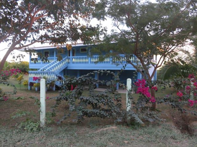 Casa Llyndy Ocean front home - Aserradores - Huis