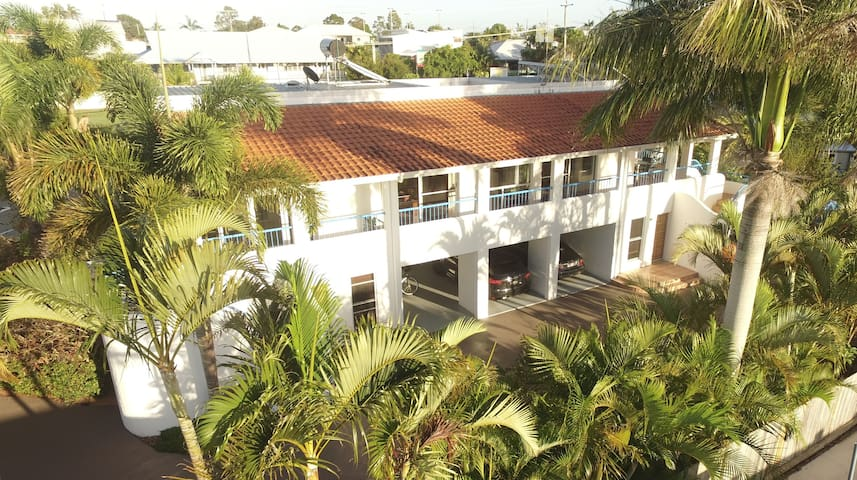 Seychelle Holiday Units - Tin Can Bay - Pis