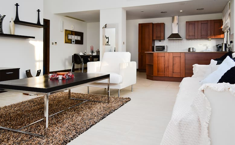 L02 - Apollo Heights Apartment, 2 Bedrooms - Kouklia