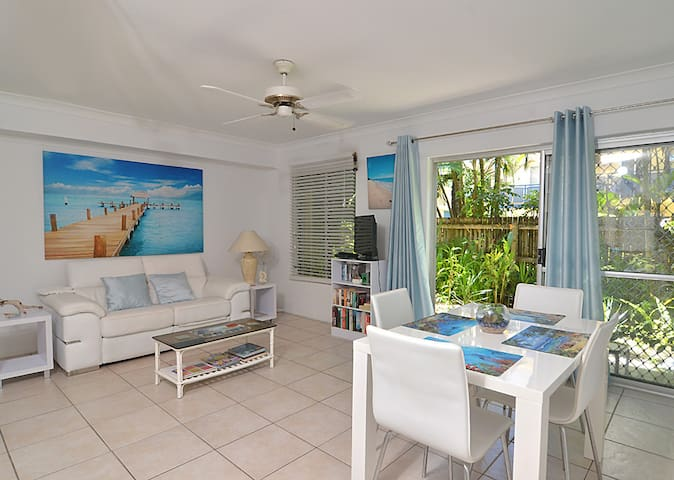 Castaways 2 - Port Douglas - Apartament
