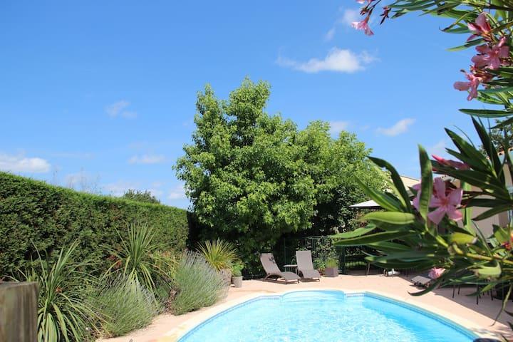 Petit studio-Espace chaleureux avec jardin - Pessac - Haus