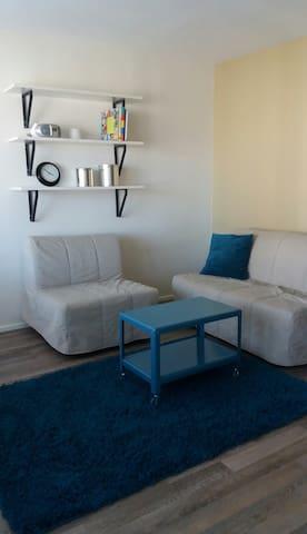 Central studio, peaceful&private - Turku - Appartement