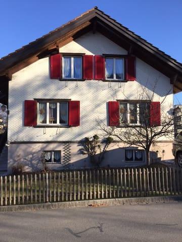 Doppelzimmer in gemütlichem Einfamilienhaus - Bad Ragaz