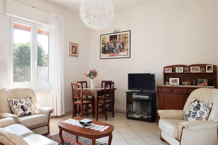 Apartamento perto do centro da vila - Cerbaia - Apartamento