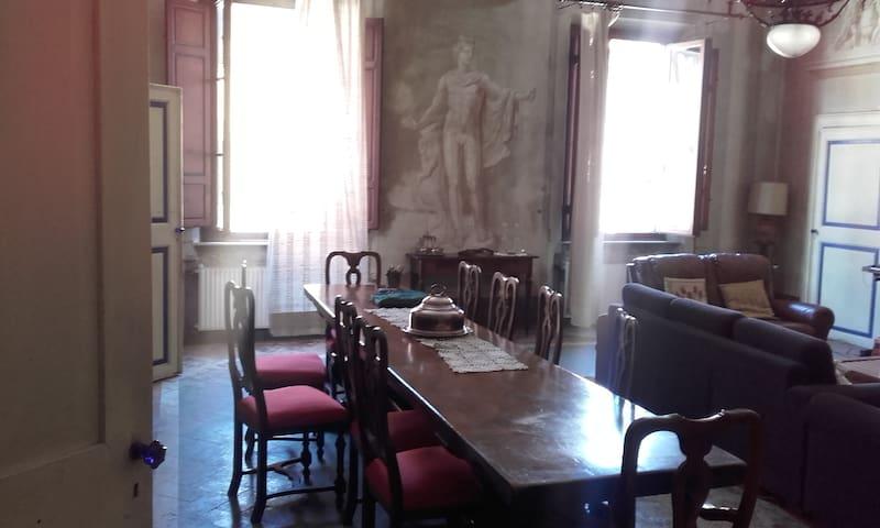 La Casa Affrescata - Cascina - Appartement
