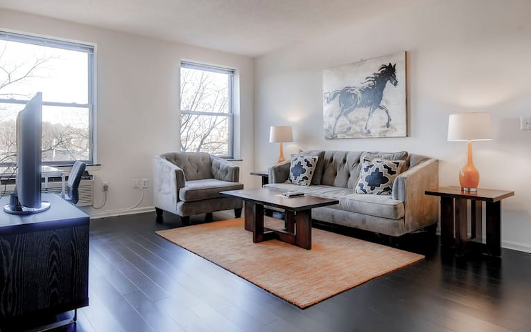 Lux Furnished 2BR Apartment in NJ! - Morristown - Huoneisto