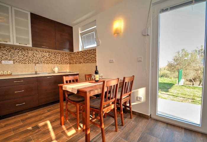 Beautiful view studio, Apartments Blazevic - herceg novi  - Hus