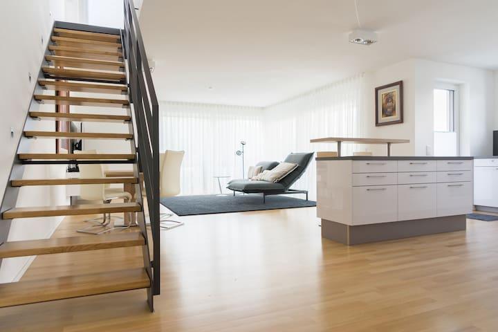 First-class boardinghouse+ in Tuttlingen centre - Tuttlingen - Apartemen
