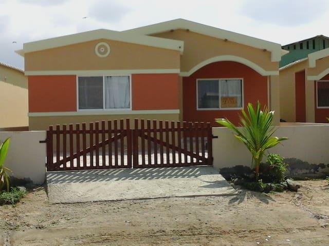 Vacation house near the Pacific - San Jacinto - Haus