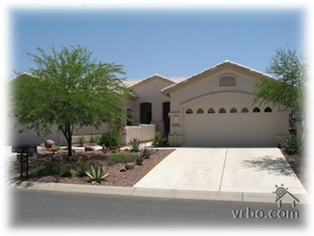 Villa with views of the Santa Catalina Mountains - Tucson - Hus